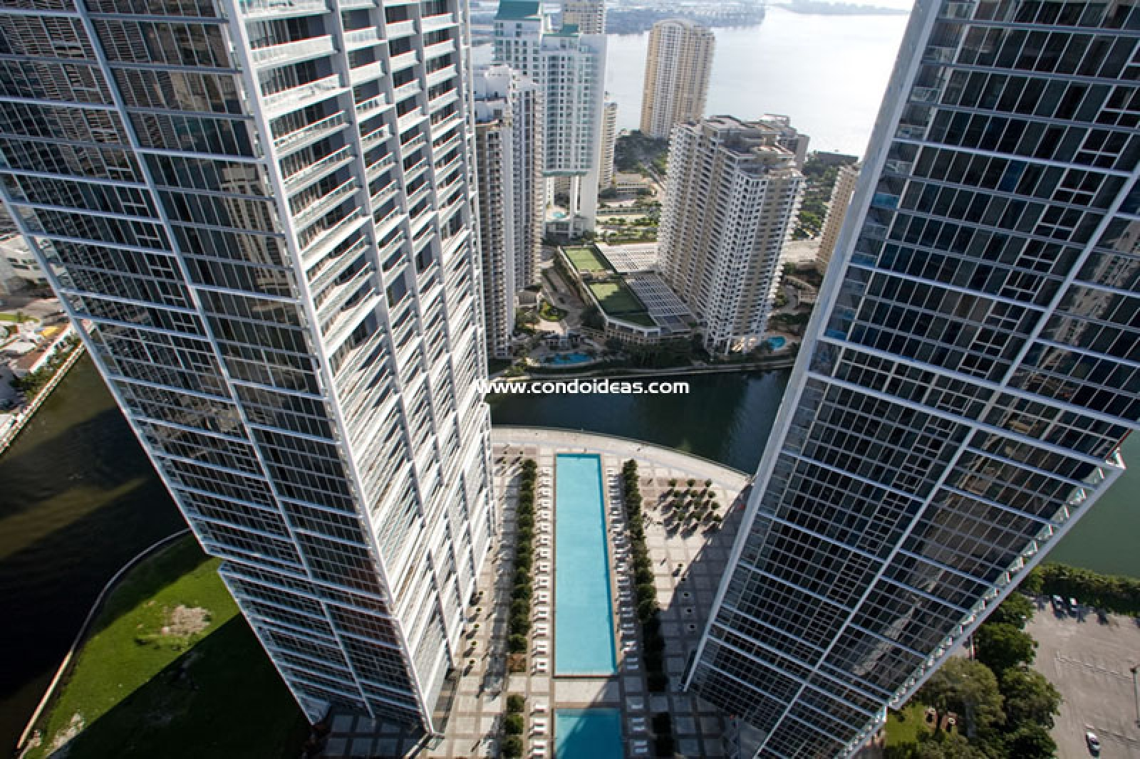 Icon Brickell Tower II condo
