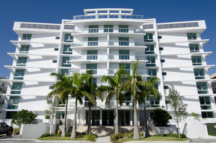 Riva Bay Harbor condo